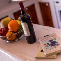 Anreiche zwischen Küchen- und Wohnbereich